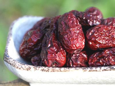 ナツメ(棗/なつめ)とその栄養成分・効果効能|女性に適した果物とされる理由、注意点なども紹介