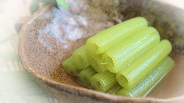 フキ(蕗/款冬)のイメージ画像:食べ物辞典トップ用